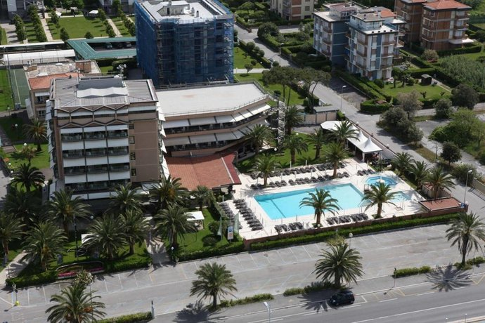 Hotel Caesar Camaiore