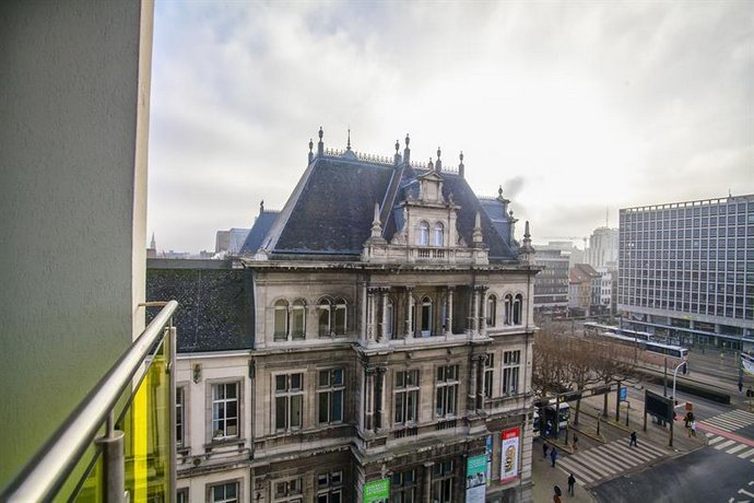 Antwerp Inn Hotel