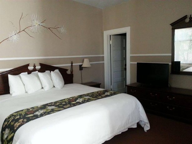Kalispell Grand Hotel - Compare Deals