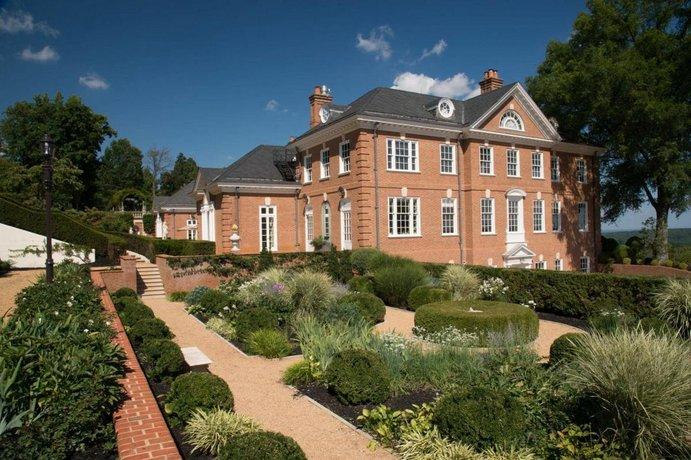 Albemarle Estate at Trump Winery