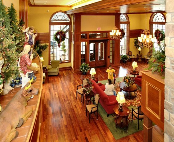 The Christmas Place.The Inn At Christmas Place Pigeon Forge Compare Deals