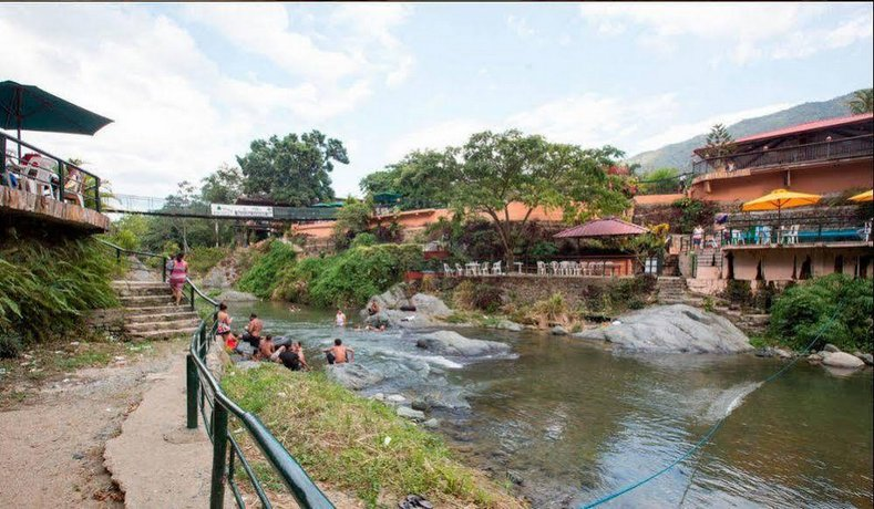 Jacuzzi Natural Jarabacoa.Jarabacoa River Club Resort Compare Deals