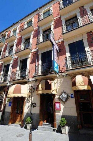 Hostal Plaza Segovia
