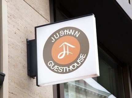 Justinn Guesthouse & Spa