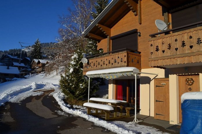 Chatel Tour Apartments