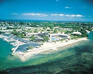 Caloosa Cove Resort & Marina