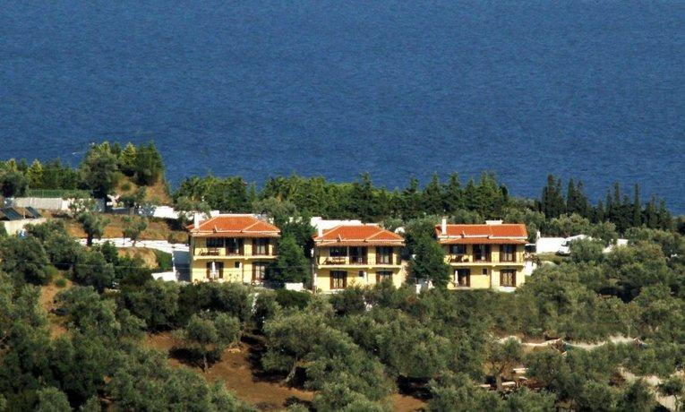 Four Seasons Villas