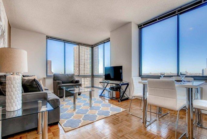 Columbus Suites