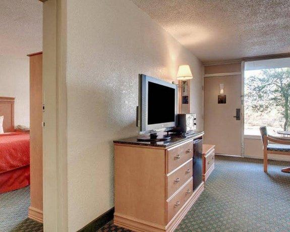 Quality Inn And Suites Vicksburg