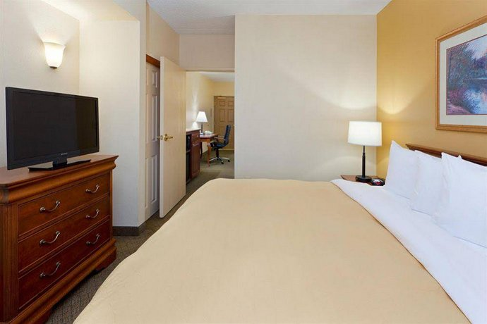 Country Inn & Suites By Carlson Newark Airport