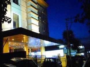 OYO 6438 Hotel Valley Plaza