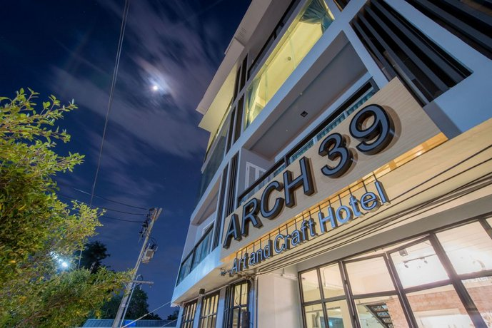Arch39 Art & Craft Hotel
