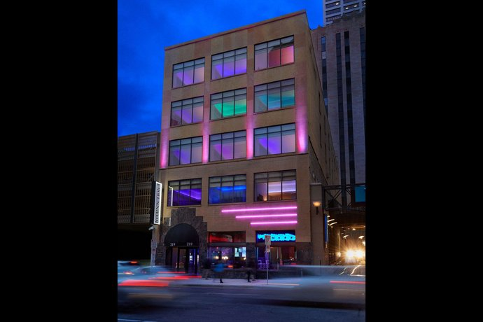 Luminn Hotel Minneapolis An Ascend Hotel Collection Member