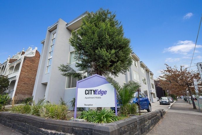 City Edge East Melbourne Apartment Hotel