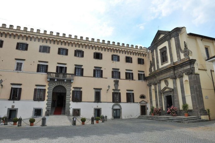 Castello Costaguti