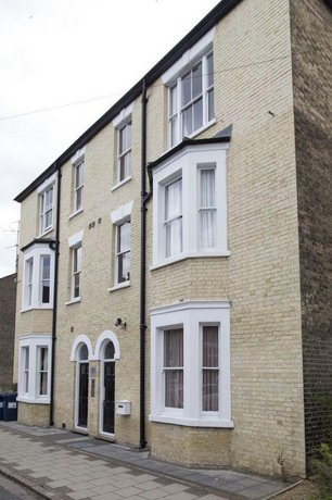 Norwich Street Apartments Peymans