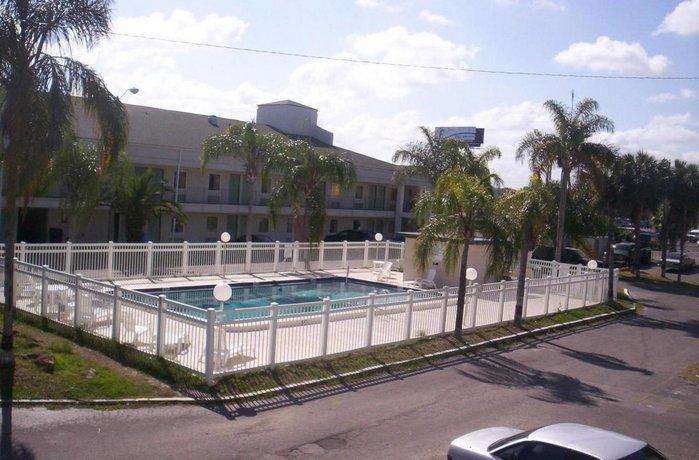 Royal Palm Inn