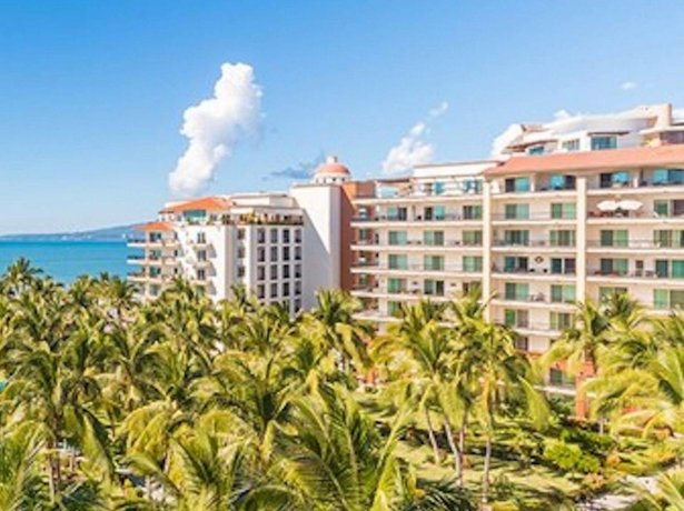 Playa Royale Condominium