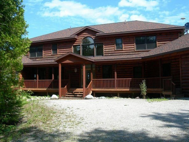 Ninemile Point Bed & Breakfast
