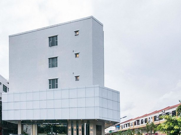 OYO Rooms Bundusan Commercial Centre