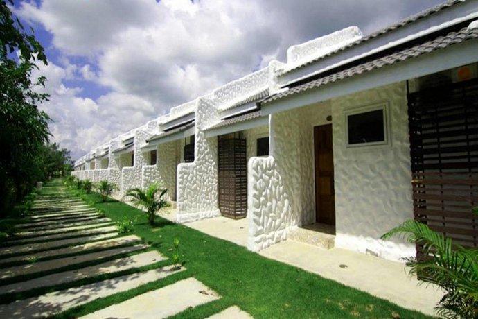 lemon resort buriram compare deals rh hotelscombined com