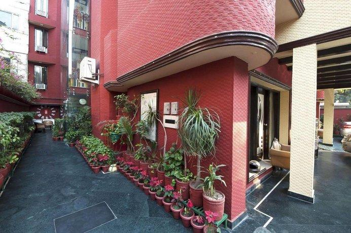Golden Leaf Hotel South Delhi