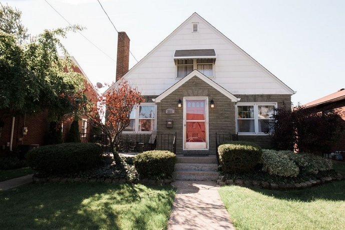 The Little Italy Of Niagara Falls Bed & Breakfast