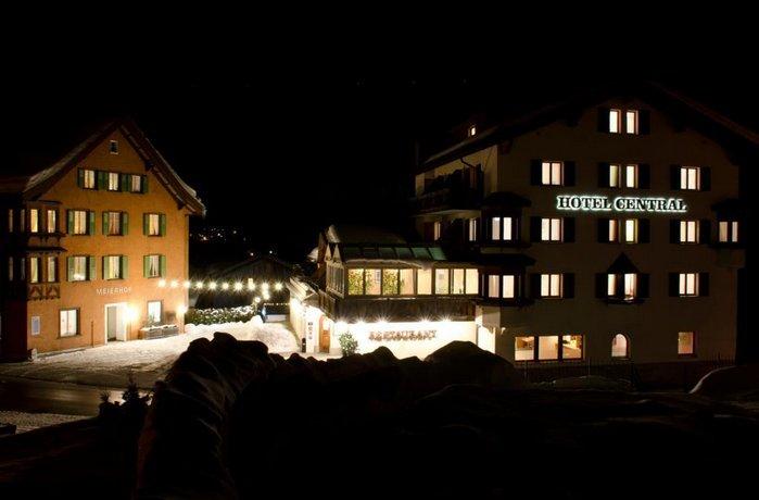 Hotel Central Obersaxen