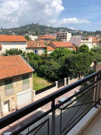Cannes Beach Residence