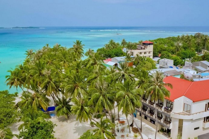 About Kaani Beach Hotel