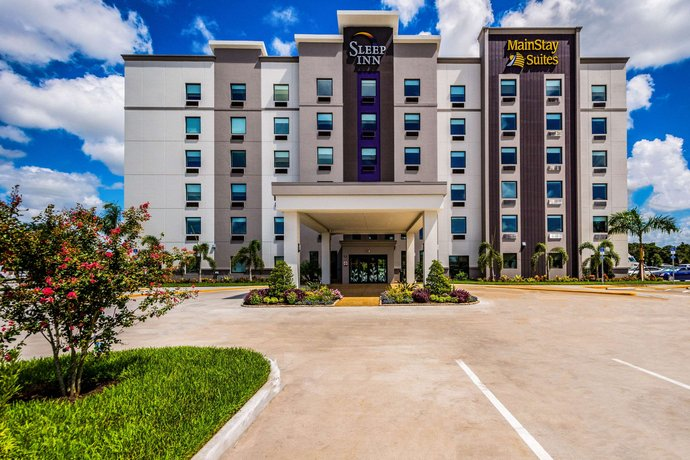 MainStay Suites Sarasota