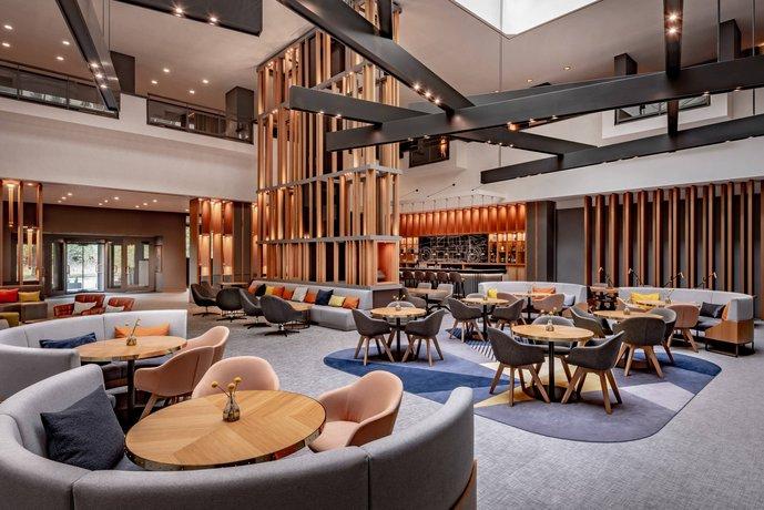 stuttgart marriott hotel sindelfingen die g nstigsten angebote. Black Bedroom Furniture Sets. Home Design Ideas