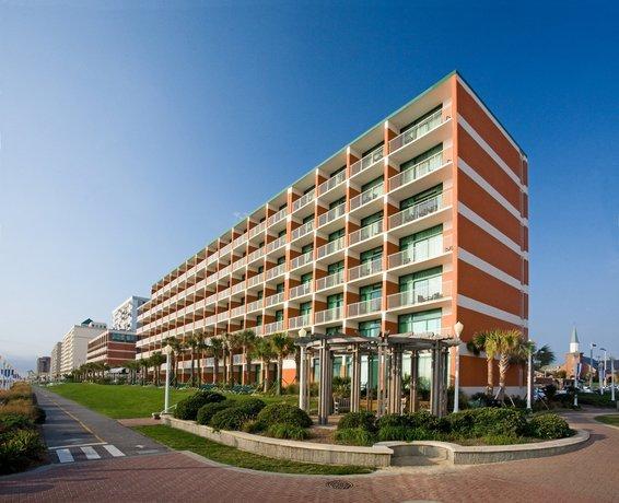 Holiday Inn & Suites North Beach