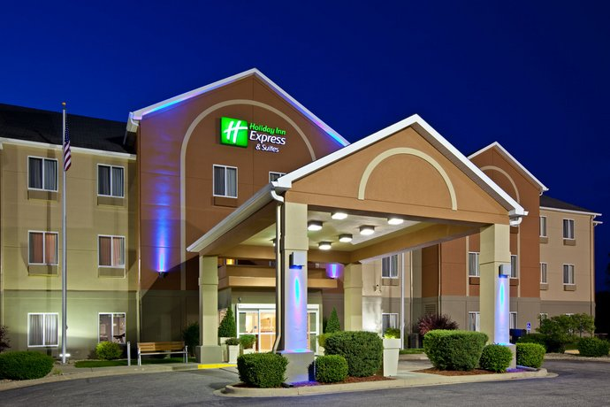 Holiday Inn Express Hotel & Suites Bedford