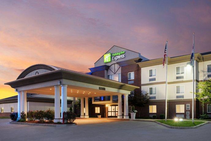 Holiday Inn Express Warrenton
