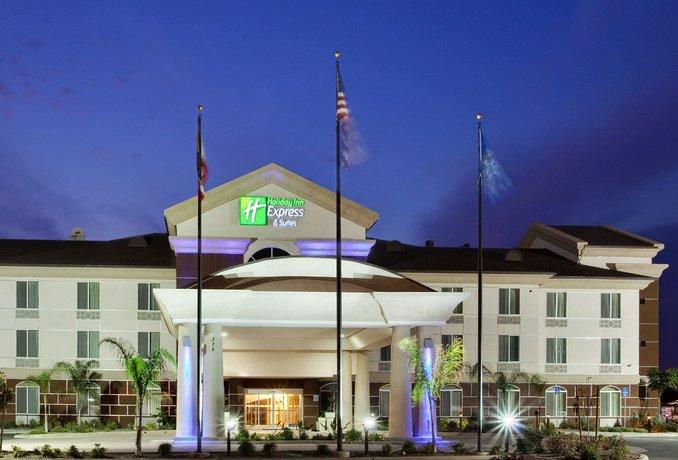 Holiday Inn Express Dinuba West