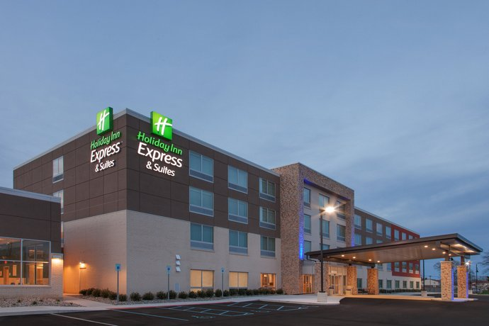 Holiday Inn Express & Suites - Sterling Heights-Detroit Area