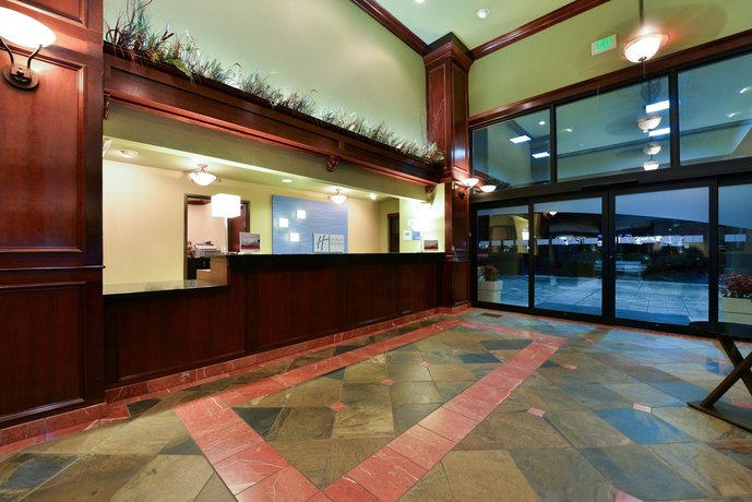 Image Result For Holiday Inn Express Gladstone