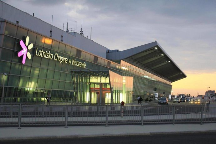 GreenWood Hostel Airport