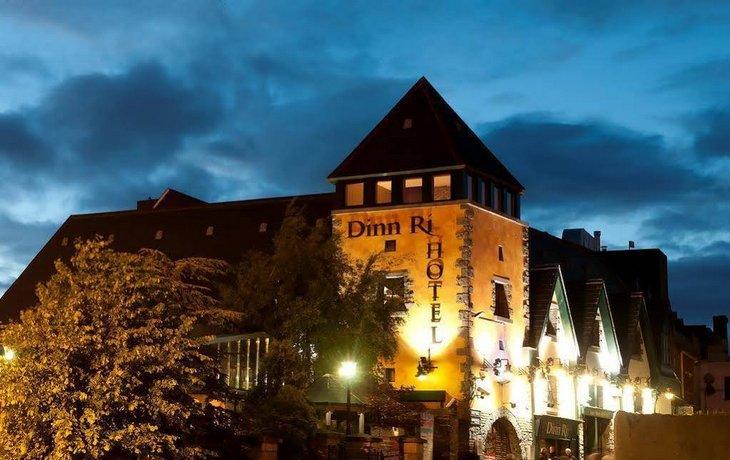 Dinn Ri Hotel