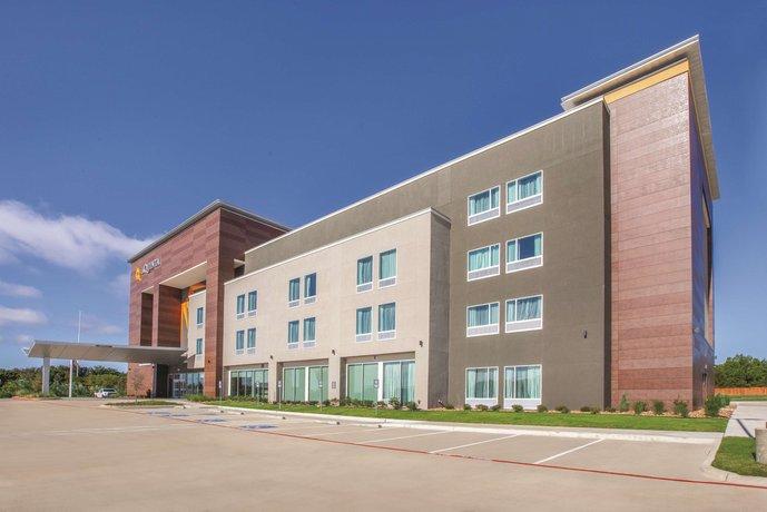 La Quinta Inn & Suites Dallas - Duncanville