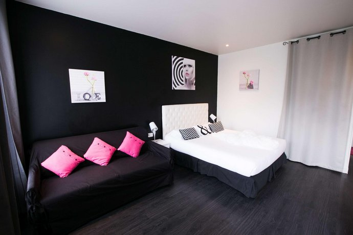 Idéal Hôtel Design