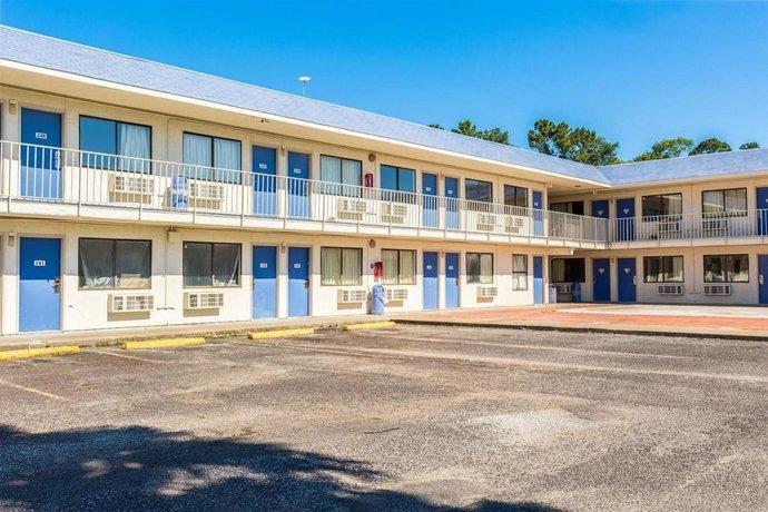 Motel 6 Orange TX