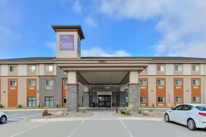 The Sleep Inn & Suites - Medical Center