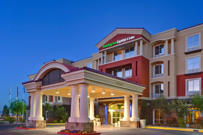 Holiday Inn Express Hotel and Suites SW Spring Valley