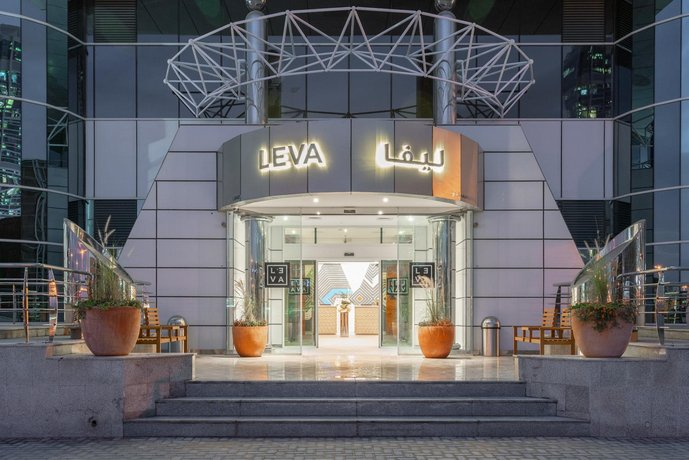 Leva Hotel Apartments Mazaya Center Mall