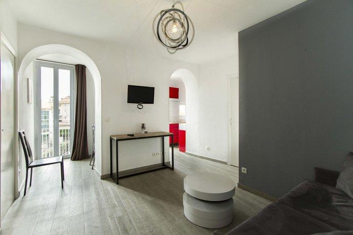 florella republique apartment cannes compare deals rh hotelscombined com