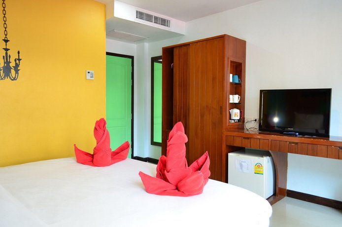 Phuket Guest Friendly Hotels - Centro Hotel Sansabai