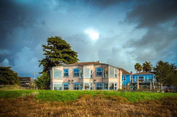 Captain's Inn at Moss Landing