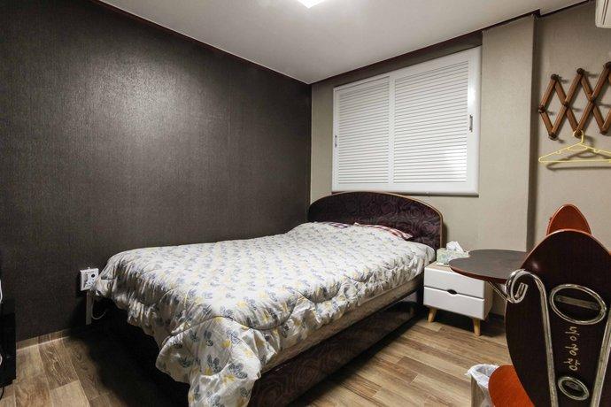 Jeju Donggung Motel